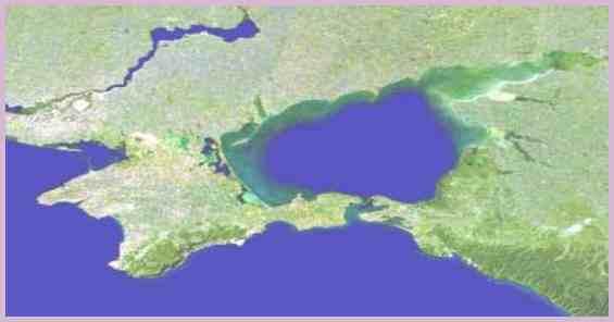 Полуостров Крым и Азовское море. Вид из космоса