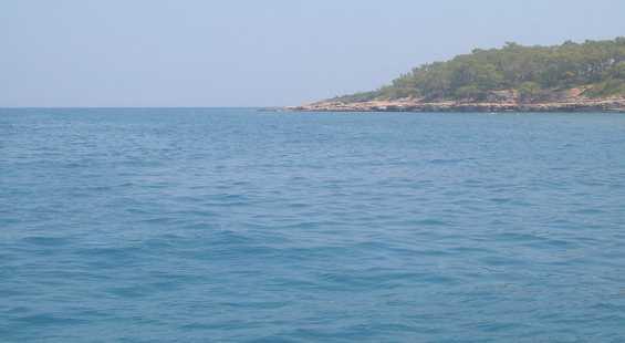 Средиземное море у берегов Турции. Курорт Кемер летом