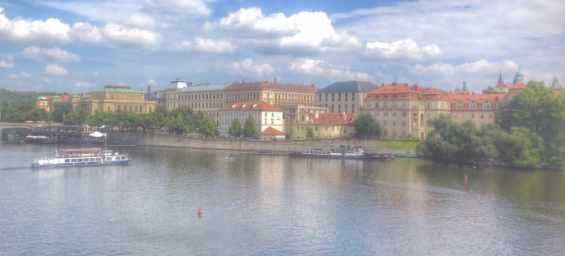 Город Прага. Вид с Карлова моста