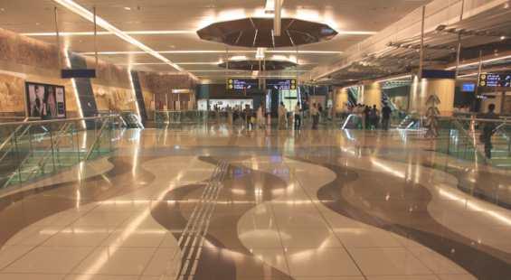 Одна из станций современного Дубайского метро