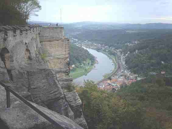 Вид с крепости Кёнигштайн на реку Эльба