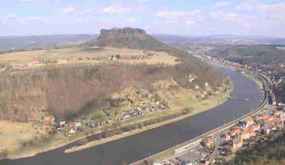 Вид с возвышенности на крепость Кёнигштайн