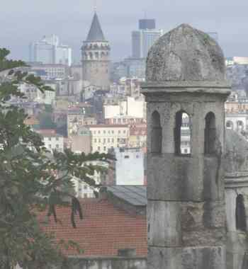 Стамбул. Вид на Галатскую башню