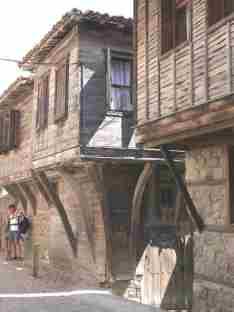Типичные дома в старом городе Созопол