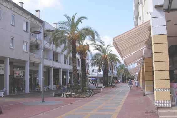 Улица курорта  Кемер