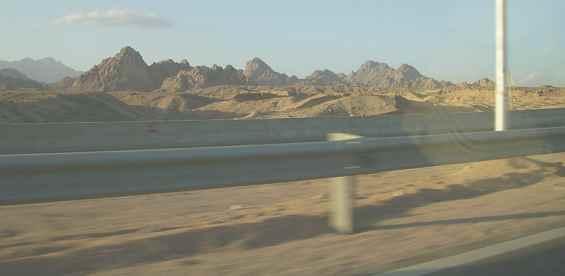 Знаменитые Синайские горы. Египет. Шарм-эш-Шейх