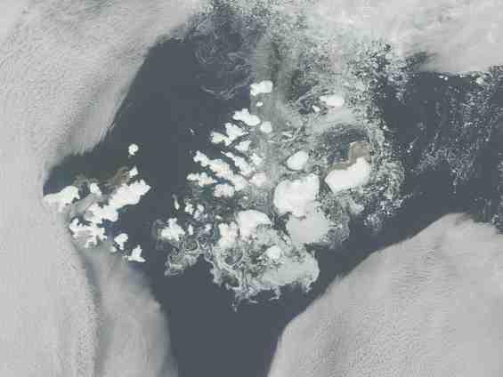 Снимок из космоса архипелага Земля Франца Йосифа
