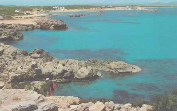 Остров Форментера. Скалистое побережье
