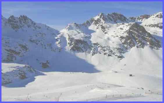Андорра Заснеженные горы