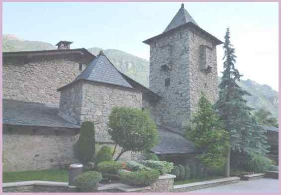 Андорра ла Велья. Средневековые здания