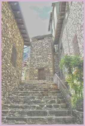 Андорра-ла-Велья. Впечатляющая лестница